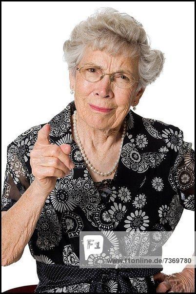 Senior  Senioren  Frau  sehen  Blick in die Kamera