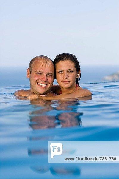 Zusammenhalt, lächeln, Mittelpunkt, Schwimmbad, Erwachsener