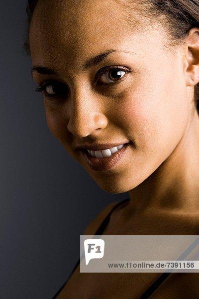 Profil  Profile  Frau  geschlossen  Seitenansicht