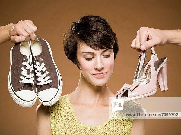 Frau  Entscheidung  rennen  Schuh Frau ,Entscheidung ,rennen ,Schuh