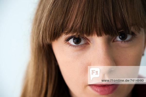 Brünette junge Frau  Portrait
