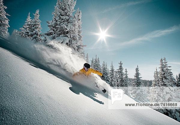 Snowboardfahrer  Gesichtspuder