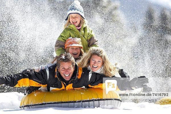 Spiel  Winter  Schnee