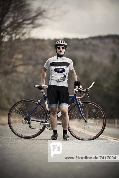 Portrait Pose Fahrradfahrer