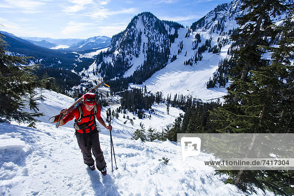 hoch  oben  Anschnitt  Stiefel  Eis  wandern  Snoqualmie  Schnee
