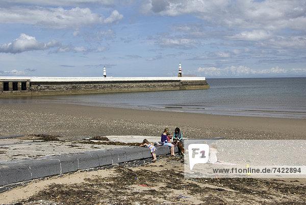 Strand  Hintergrund  Leuchtturm  Steg  Ansicht  Juni