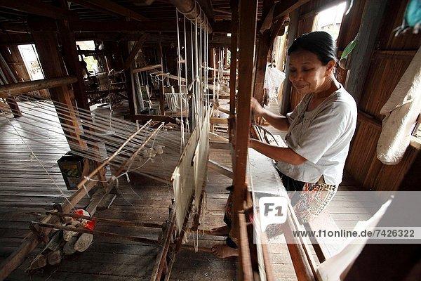 Mühle  weben  Myanmar  Inle See  Shan Staat  Weber