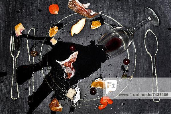 Glas  Lebensmittel  Wein  verschütten  Schreibtafel  Tafel