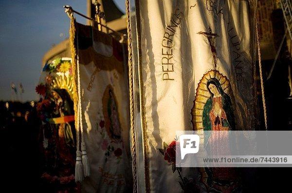 Außenaufnahme  Großstadt  Mexiko  Basilika