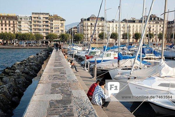Europa  Mensch  Menschen  ruhen  See  Genf  Schweiz