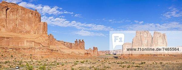 Vereinigte Staaten von Amerika  USA  Gerichtsgebäude  Felsbrocken  Anordnung  Klatsch  Nordamerika  3  Arches Nationalpark  Utah