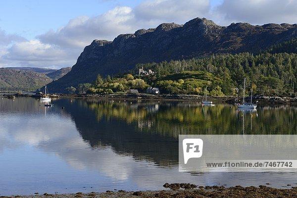Europa  Großbritannien  Dorf  Ansicht  See  Highlands  Schottland