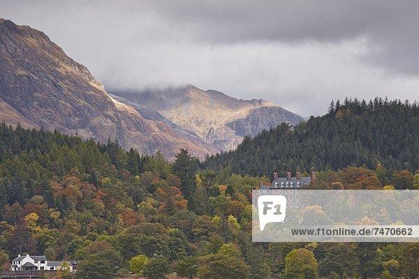 Europa Berg Großbritannien Gebäude Glencoe Punkt Seitenansicht Highlands Schottland