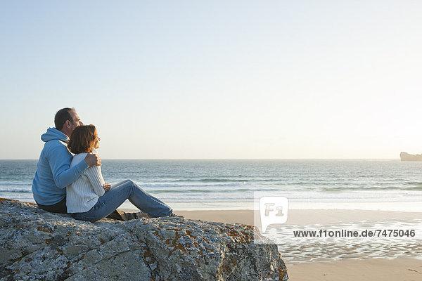 entfernt  Frankreich  sehen  Strand  reifer Erwachsene  reife Erwachsene  Bretagne  Finistere