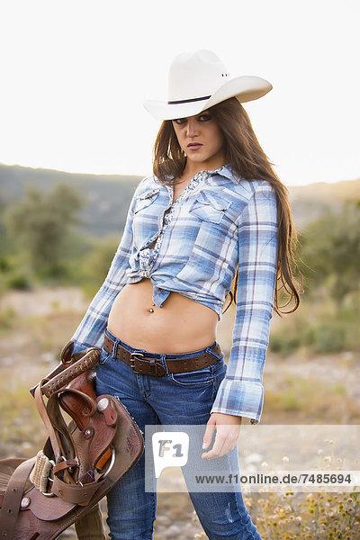 USA  Texas  Portrait des Cowgirl-Haltesattels