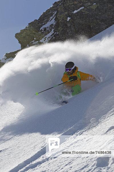 Österreich  Nordtirol  Skifahren für Erwachsene