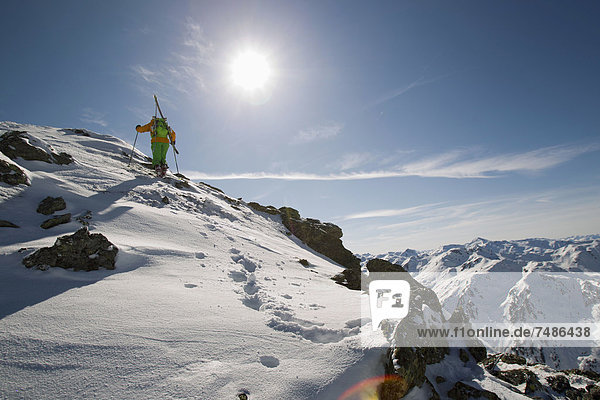Österreich,  Nordtirol,  Skifahren für Erwachsene
