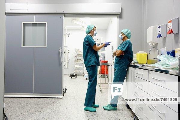 Surgeon  Surgery  Operating room  Onkologikoa Hospital  Oncology Institute  Case Center for prevention  diagnosis and treatment of cancer  Donostia  San Sebastian  Gipuzkoa  Basque Country  Spain