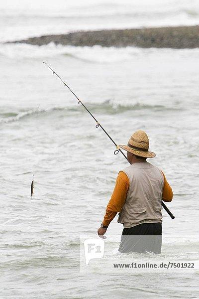 Mann  Ozean  angeln