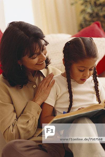 Zusammenhalt Tochter Mutter - Mensch vorlesen