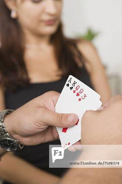 Mann  halten  Karte