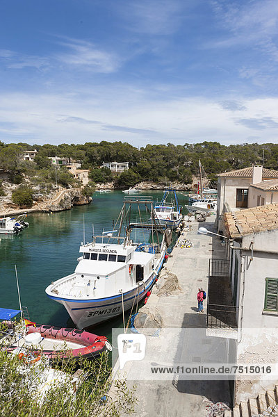 Bay with fishing boats  harbour of Cala Figuera  Santanyi Region  Mallorca  Majorca  Balearic Islands  Mediterranean Sea  Spain  Europe