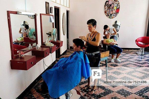 Frau  Konzept  Kuba  kubanisch  Haar