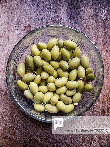 klein  grün  Olive