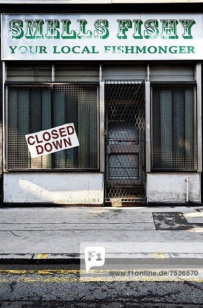 geschlossen  Großbritannien  frontal  Laden  Fischhändler