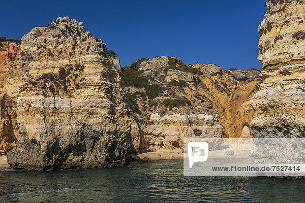Küste  Ponta da Piedade  Lagos  Algarve  Portugal  Europa