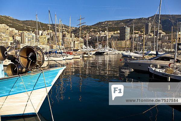 Der Hafen Port Hercule  La Condamine  Monaco  Europa