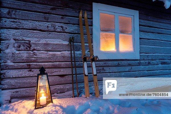 Außenaufnahme Fenster Beleuchtung Licht Gerät Laterne - Beleuchtungskörper Skisport Kälte Schnee