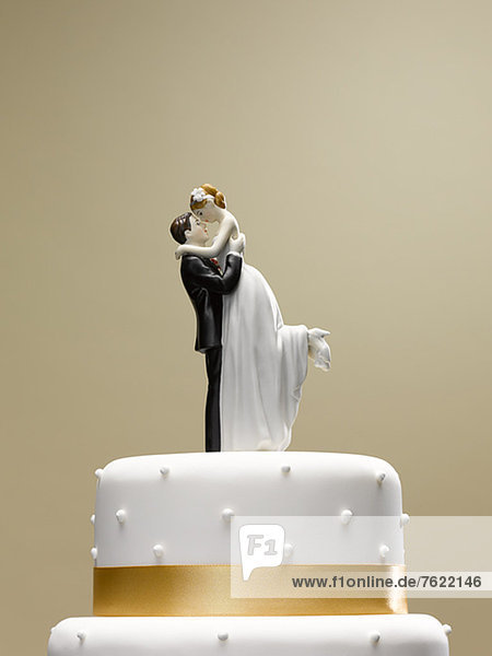 Braut und Bräutigam Topper auf Hochzeitstorte