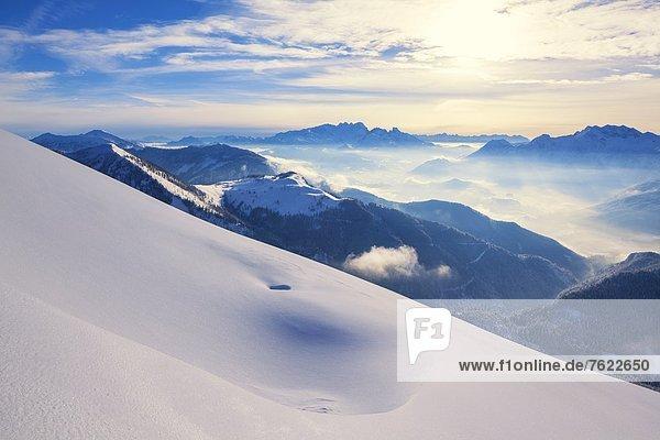 Blick über das Lammertal zum Dachsteingebirge  Österreich
