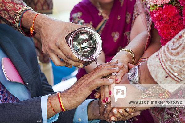 Hochzeit  Zeremonie  zeigen  Indianer