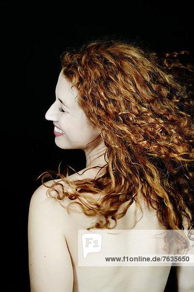 Europäer  Frau  lächeln  nackt Europäer ,Frau ,lächeln ,nackt