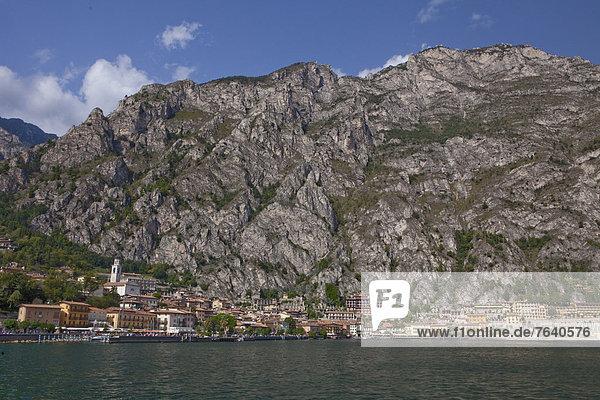 Felsbrocken  Europa  Steilküste  See  Dorf  Gardasee  Italien