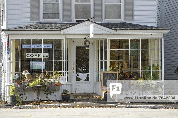 Vereinigte Staaten von Amerika USA Ostküste Amerika Wohnhaus Stadt Dorf Nordamerika Neuengland Sandwich Laden Kaffee Espresso New Hampshire