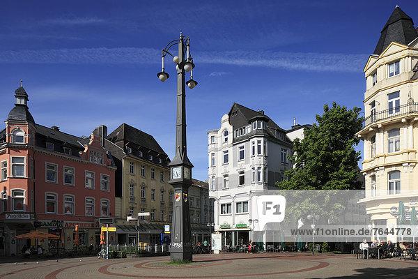 Turmuhr Europa Gebäude Uhr Nachbarschaft Kerzenhalter Kerzenständer Nordrhein-Westfalen Dortmund Deutschland Marktplatz Ruhrgebiet Westfalen Nordrhein-Westfalen