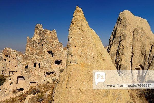 offen Tal Kirche Museum Schornstein Höhle Himmel Anschnallgurt Gurt Fee Türkei
