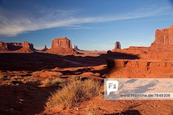 Vereinigte Staaten von Amerika  USA  Tal  Monument  zeigen  Volksstamm  Stamm  Felssäule  Ford  Navajo  Sandstein
