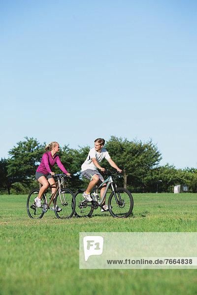 Berg  fahren  Fahrrad  Rad