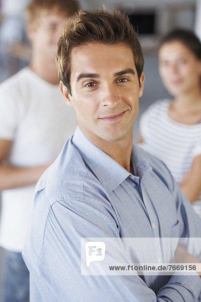 Portrait  Mann  Hintergrund  Kollege