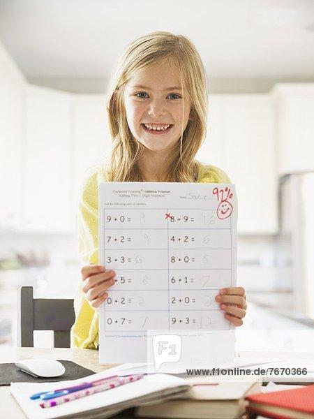 zeigen Stolz Prüfung Mathematik 5-9 Jahre 5 bis 9 Jahre Mädchen