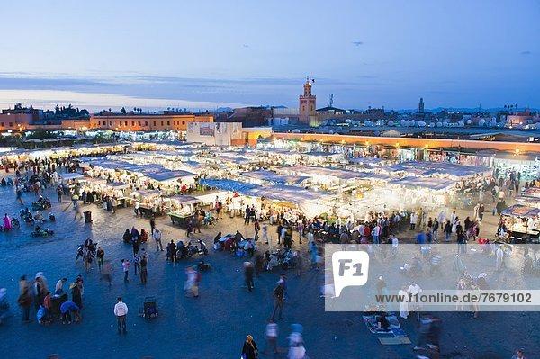 Messestand  Nordafrika  Lebensmittel  Nacht  Marrakesch  Afrika  Marokko  Platz
