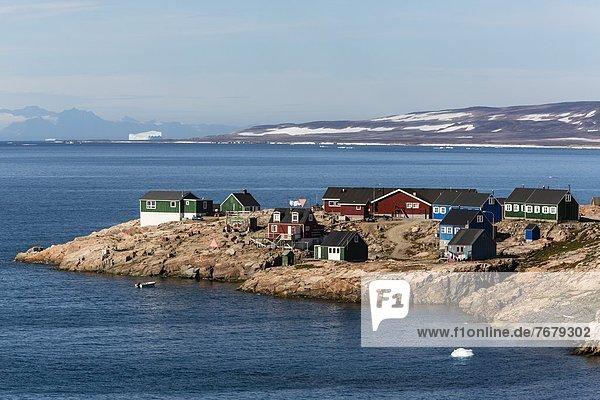 Inuit village  Ittoqqortoormiit  Scoresbysund  Northeast Greenland  Polar Regions