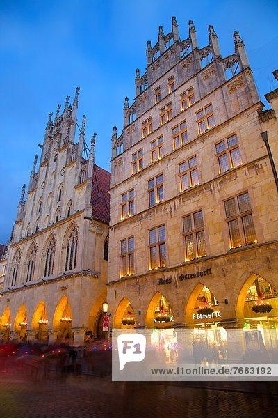 Historic Town Hall on Prinzipalmarkt at Christmas  Munster  North Rhine-Westphalia  Germany  Europe