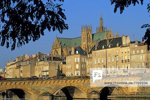 Frankreich  Europa  über  Brücke  Hintergrund  Fluss