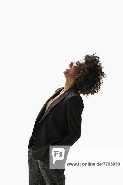 Porträt der lachenden Geschäftsfrau