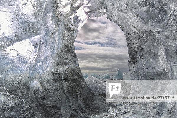 Eisberg  Ozean  Küste  Loch  Atlantischer Ozean  Atlantik  Island
